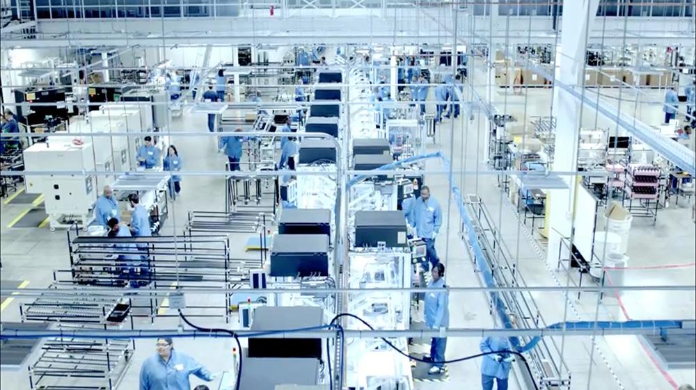 consomac apple investit dans l 39 automatisation de ses usines. Black Bedroom Furniture Sets. Home Design Ideas