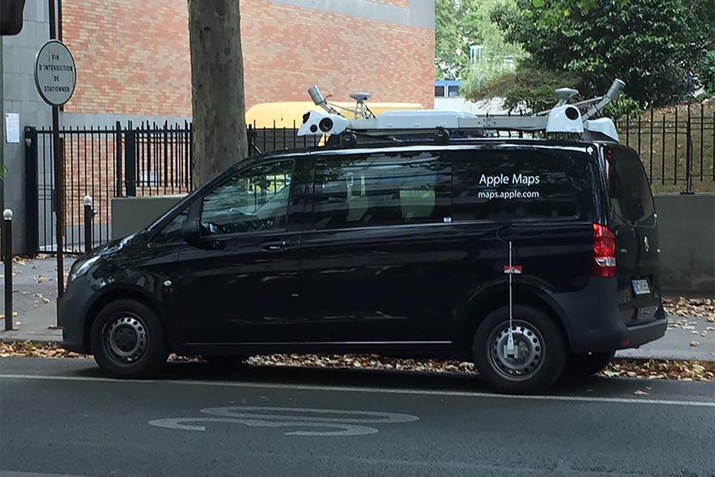 Voiture Apple Maps Paris