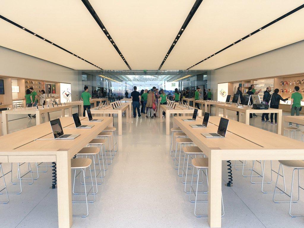 Consomac l 39 apple store de marseille est ouvert - Apple store marseille terrasse du port ...