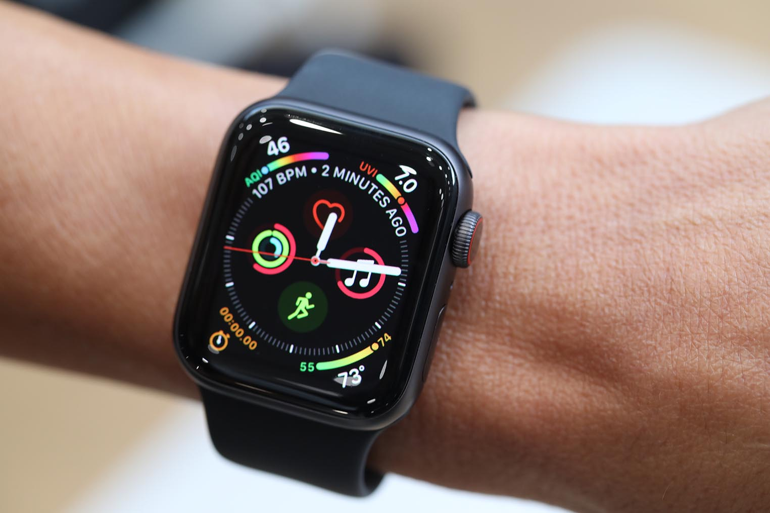 Apple Watch 4 couronne