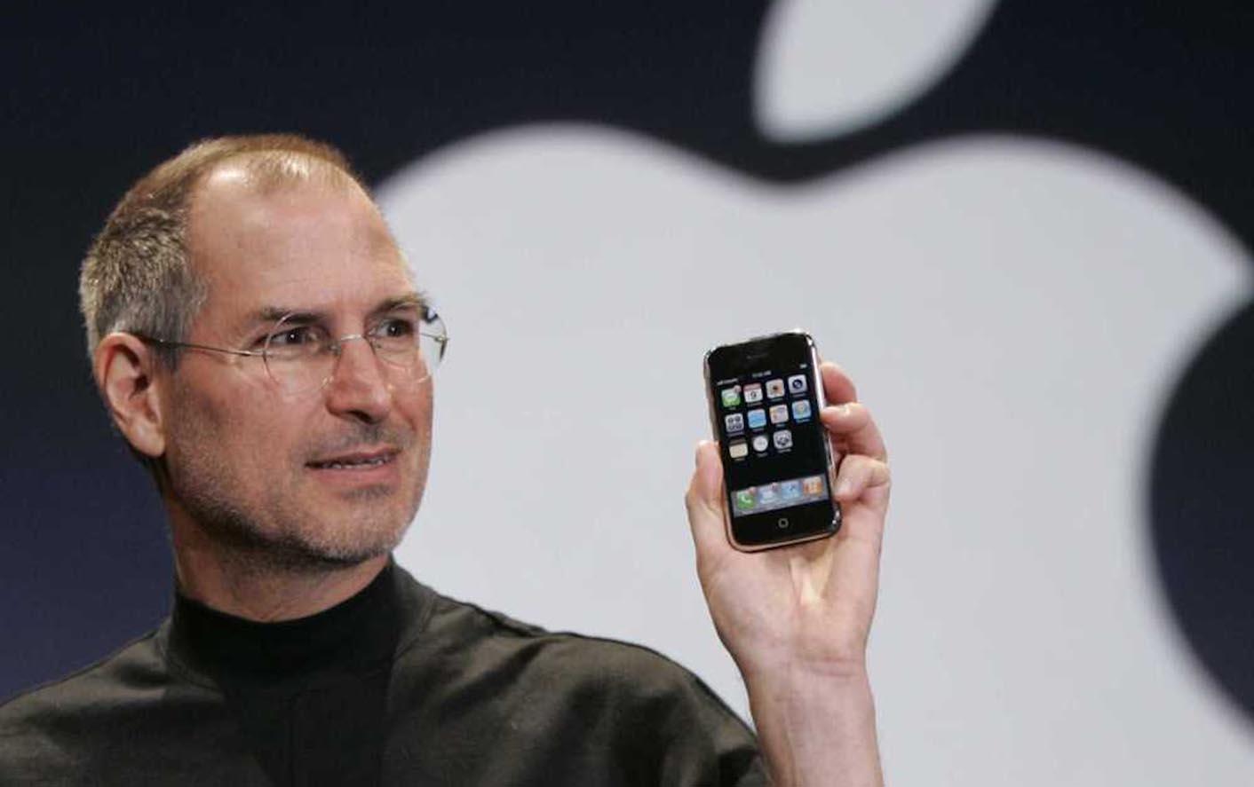 iPhone 2007 Steve Jobs