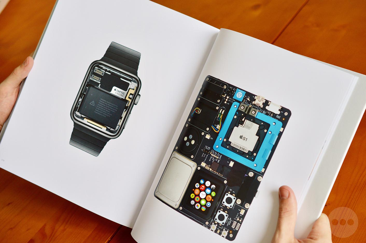 Livre Designed by Apple in California