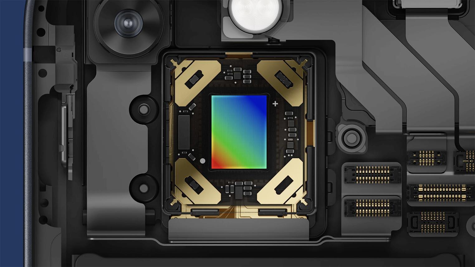 iPhone 13 Sensor Shift