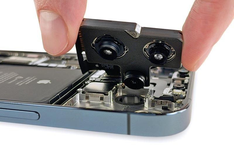 L'iPhone 12 Pro Max démonté par iFixit