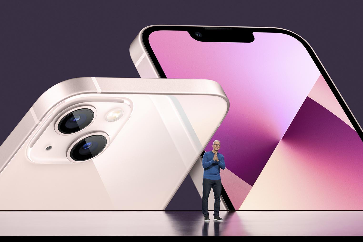 iPhone 13 Tim Cook