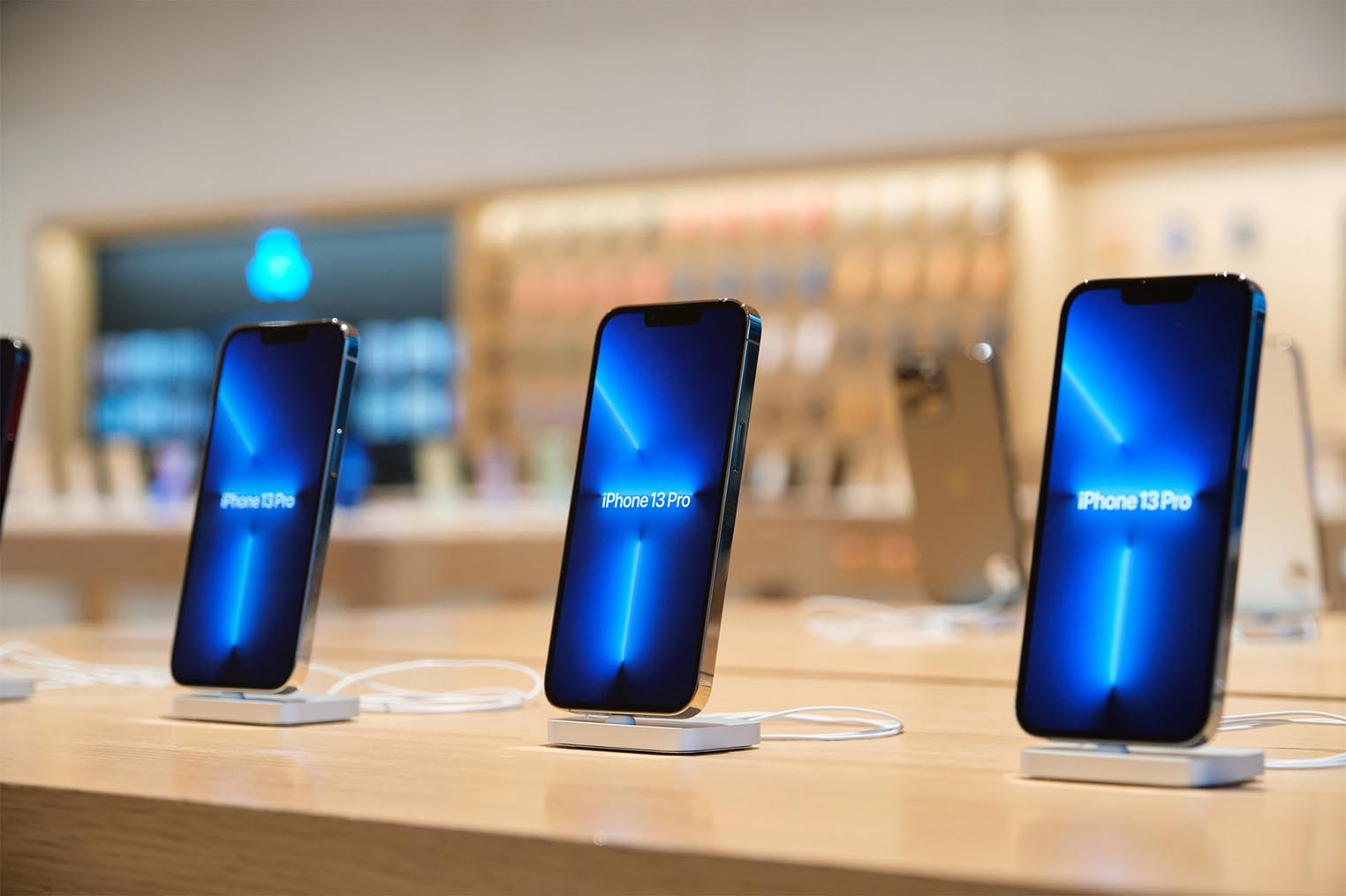 iPhone 13 Pro Apple Store