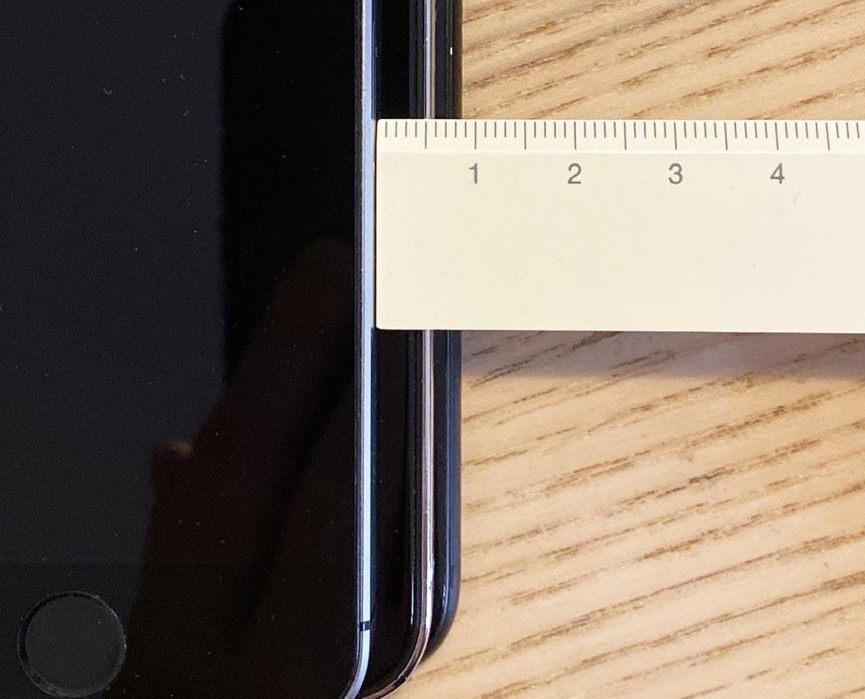 iPhone 12 5,4 pouces comparaison iPhone SE