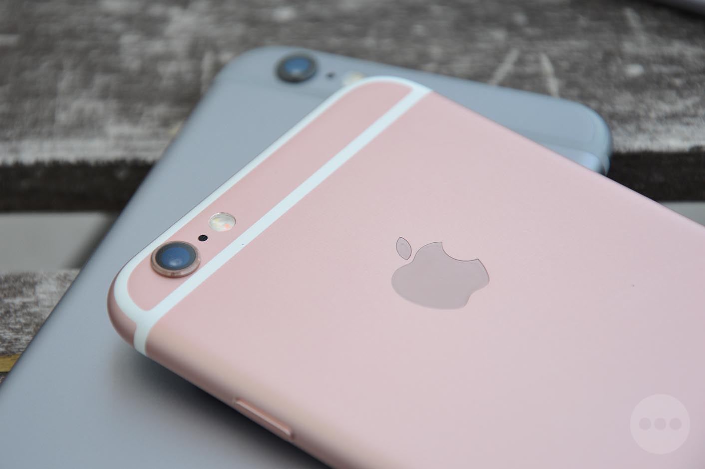 Iphone  Couleur Rose