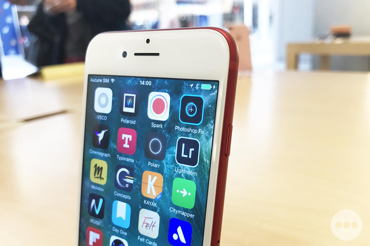 iPhone 7 rouge Apple Store