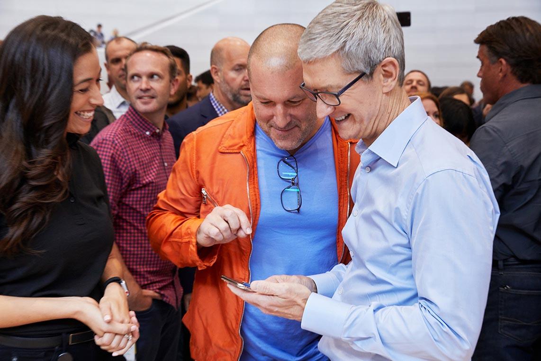 Jony Ive Tim Cook iPhone X