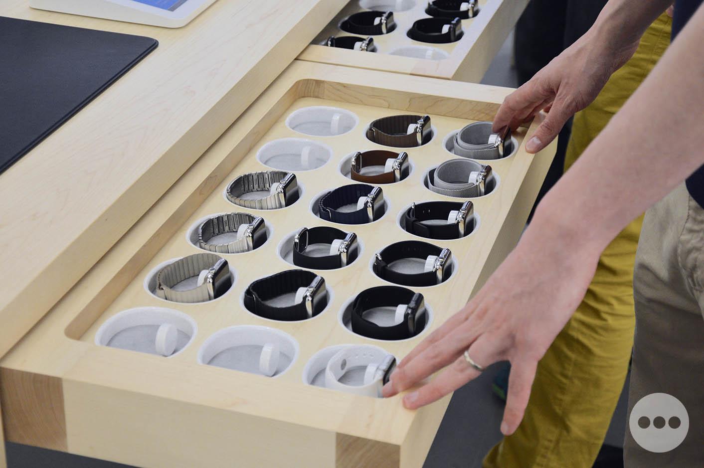 Apple Watch tiroir table