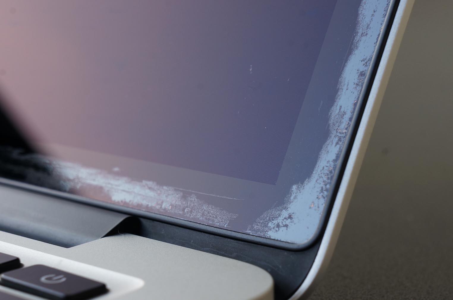 MacBook Pro anti-refelts défectueux