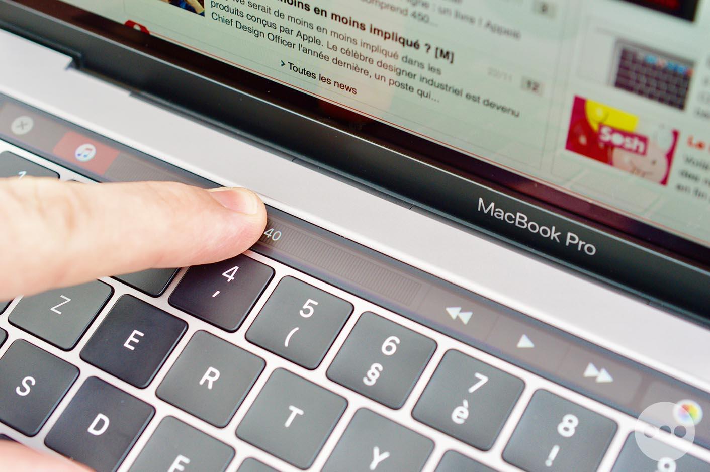 MacBook Pro Touch Bar iTunes