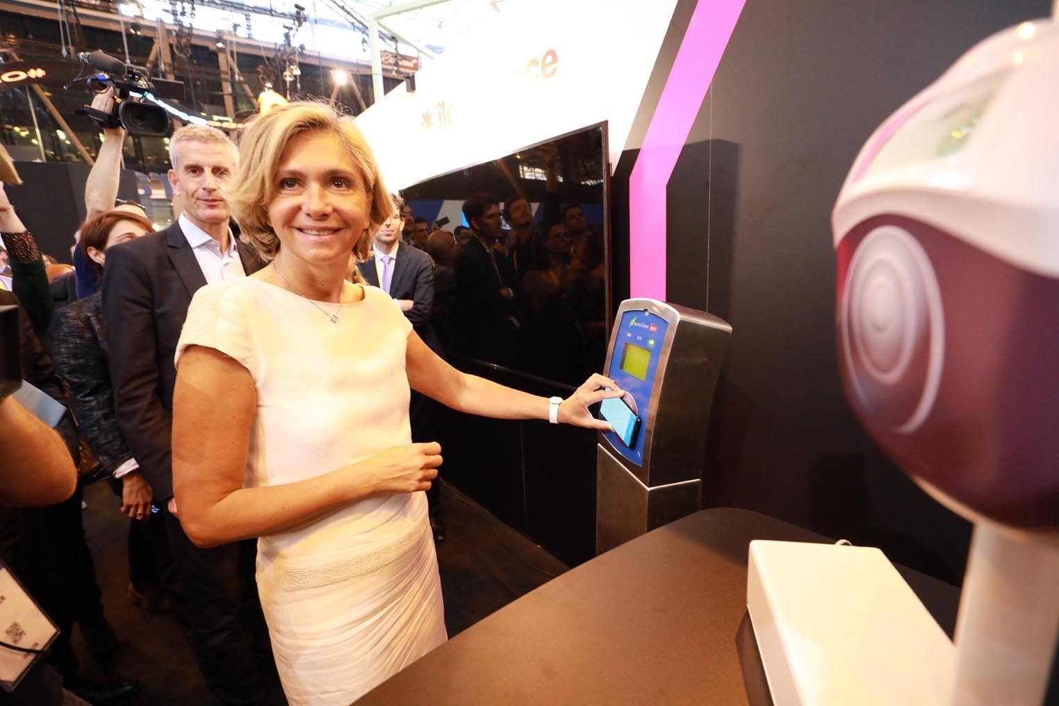 Navigo NFC Valérie Pécresse