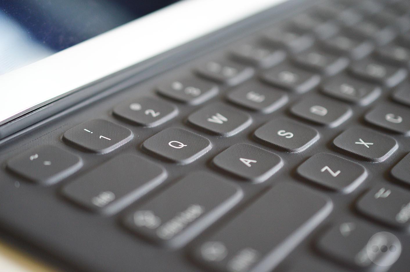 iPad Pro Smart Keyboard QWERTY