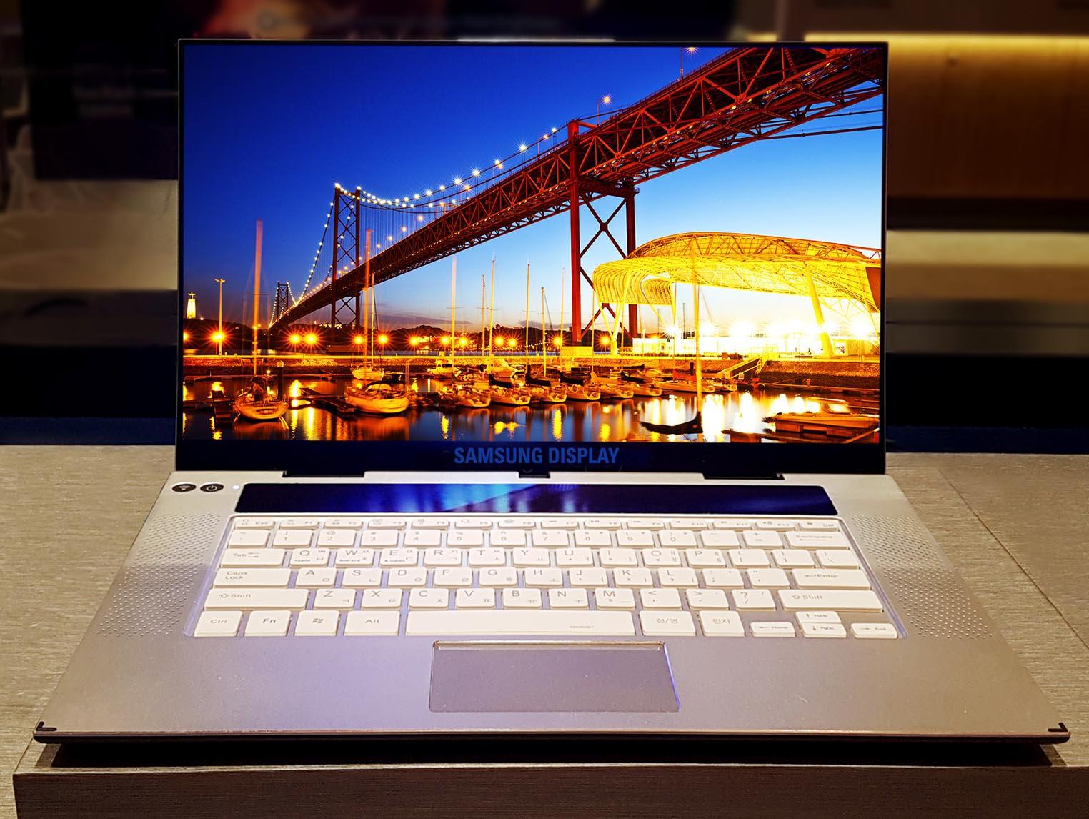 Samsung écran OLED 15,6 pouces
