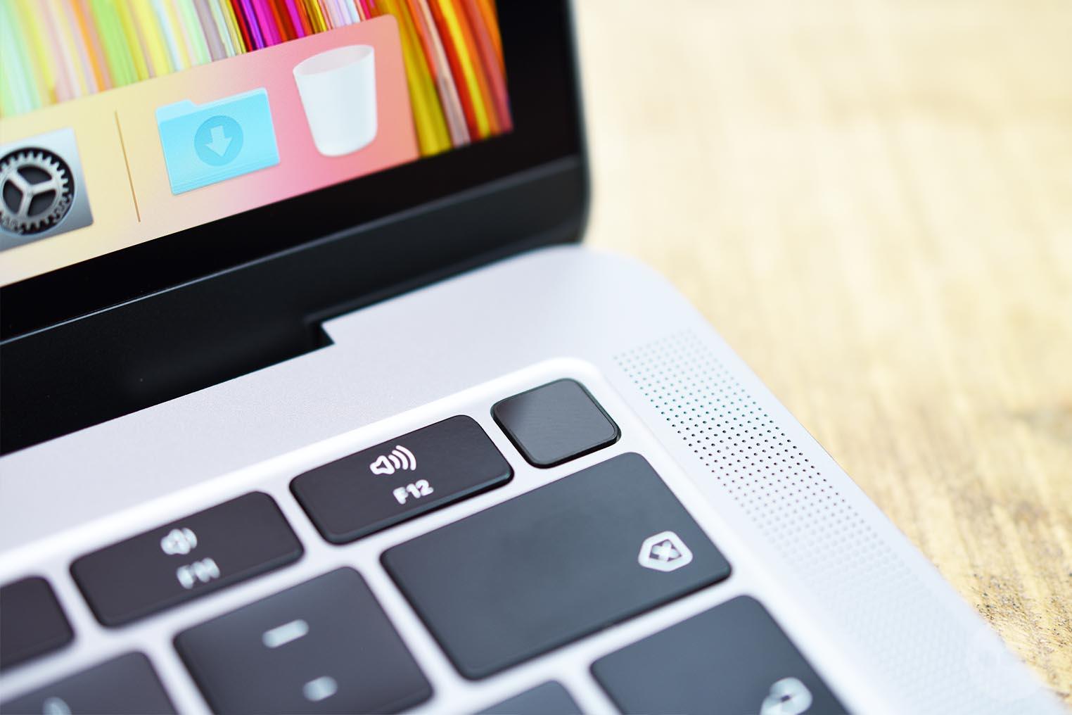 MacBook Air 2018 Touch ID